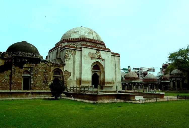 43909ea0-6705-4662-8edc-3c85dec8ab2dfiroz-shah-tughlaqs-tomb-hauz-khas-delhi