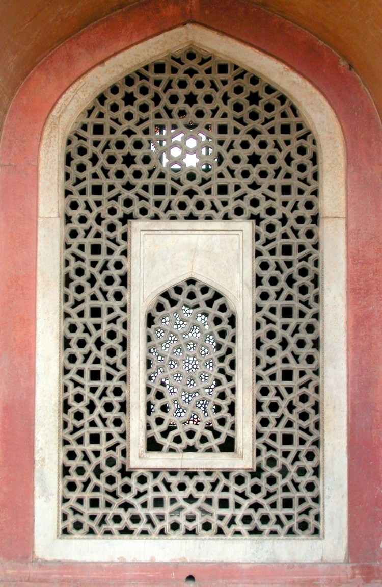 details_of_mihrab_over_the_jaali_marble_lattice_screen_in_humayuns_tomb_delhi