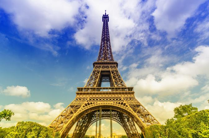 viator-exclusive-eiffel-tower-priority-access-admission-with-virtual-in-paris-301763