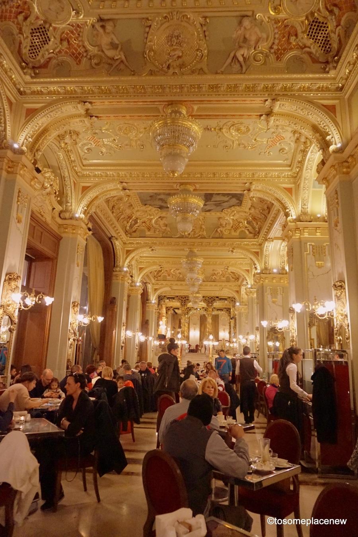 Budapest New York Cafe